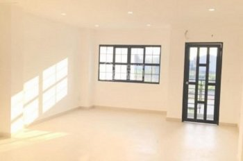 Cho thuê văn phòng Twins tower 9, đường Nguyễn Khoái, Q4, DT 120m2, giá 39,6tr/th