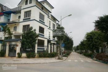 Bán liền kề mặt phố Nguyễn Văn Lộc, Mỗ Lao, 4,5 tầng cực đẹp - LH: 0975.404.186