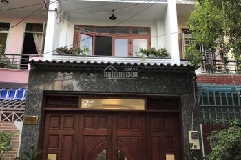 Cho thuê nhà nguyên căn cách 20m ra MTĐ Cộng Hòa, P13, Tân Bình. DT 4.3x17m 2 lầu 5PN giá 25tr/th