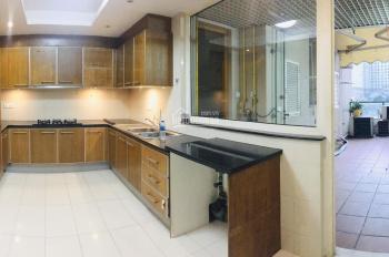 Cho thuê căn hộ sân vườn Saigon Pearl 3PN (160m2) có ban công giá chỉ 25 triệu/tháng