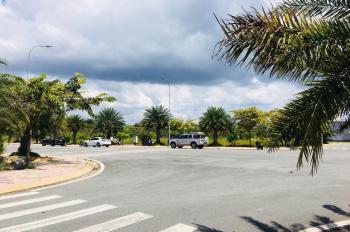 Cần tiền bán gấp lô đất Centana, XDTD 85m2 đường thông, hướng Nam, 32.5tr/m2, giá bao toàn dự án