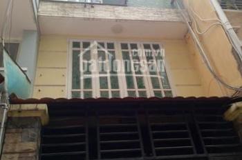 Vỡ nợ bán gấp mặt tiền cho thuê nét 50 triệu/tháng gần Nguyễn Đình Chiểu, P4, Q3. Diện tích: 230m2