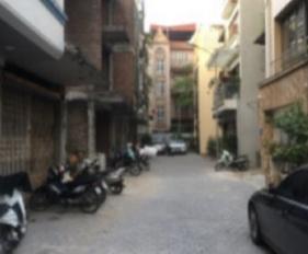 Cho thuê nhà Lê Văn Lương ô tô đỗ cửa, DT 80m2x5 tầng, full nội thất, tiện ở làm VP. LH 0981102684