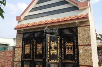 Cần bán nhà đẹp gần vòng xoay C11, ra QL51 khoảng 100m giá rẻ 1,38 tỷ. LH: 0961599239 bán gấp
