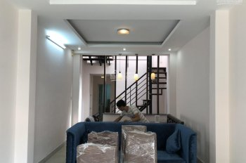Cho thuê nhà nguyên căn Nguyễn Hữu Cảnh