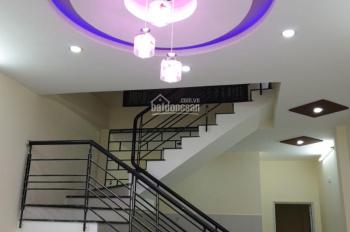 Chính chủ cần tiền bán nhà 2 tầng kiệt 3m Nguyễn Phước Nguyên, nhà mới keng vào ở ngay.