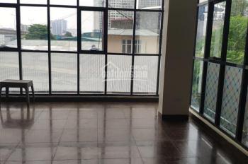 Cho thuê nhà mặt phố Phan Kế Bính diện tích 68m2 x 8 tầng, gía 75tr/ tháng. LH 0969488683