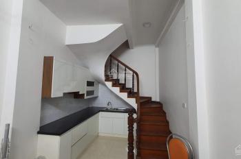 Cho thuê nhà riêng 5 tầng x 20m2 đường Tôn Đức Thắng