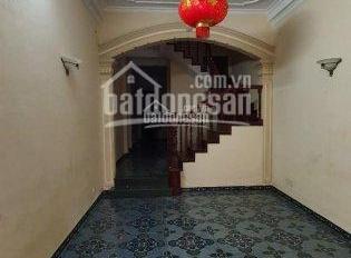 Cho thuê nhà ngõ 167 Tây Sơn 80m2 x 3T , MT 4m , ngõ to , KD tốt giá 23 triệu/tháng