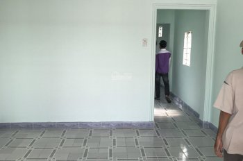 Bán nhà gấp có sổ hồng, GPXD, hoàn công