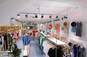 Sang nhượng shop thời trang phố Phạm Ngọc Thạch - Đống Đa (DT 40m2 x 1.5 tầng, mặt tiền 3.2m)