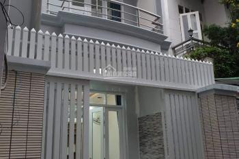 Bán nhà giá rẻ mới vào ở ngay đường Phạm Văn Hai, P. 4, Tân Bình cách xe hơi 20m 5tỷ5, 0932193269