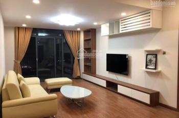 Cho thuê căn hộ 4 phòng ngủ chung cư Discovery Complex, DT 210m2, đủ nội thất. LH: 0979.460.088