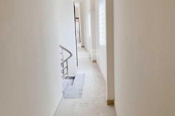 Phòng mới cho thuê ngay chân cầu Kinh Thanh Đa
