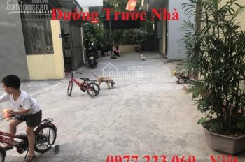 Bán đất thổ cư ô góc sau trường Quang Trung. DT: 51.7m2, MT: 4.5m, hướng ĐN + TN