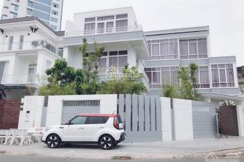 Cho thuê nhà 3 tầng có sân gần đại học Cần Thơ 20 triệu (Miễn trung gian)