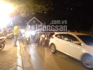 Bán nhà 300m2 gần KĐT Định Công, đường ô tô tránh, kinh doanh, SĐCC, giá 12,2tỷ. LH 0813 895 688