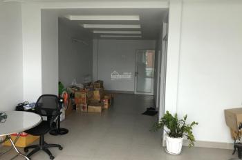Bán nhà mặt tiền kinh doanh 1 trệt 3 lầu, MT Trần Hưng Đạo, Hiệp Phú, giá 9.3 tỷ