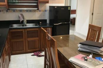Chính chủ cho thuê căn hộ Sky Garden 2, 71m2, 2 PN, 1WC, PK, PB, nội thất đầy đủ, giá 12tr800