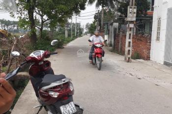 300m2 đất ngay chân cầu Thăng Long cần bán nhanh với giá chỉ 19 triệu/m2. MT 17m. 0946319690