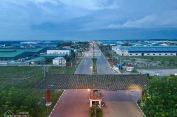 cần bán gấp lô góc Chơn Thành, nằm nay 03 cụm Khu Công Nghiếp lớn. LH 0932.731.889 Mr Tính (24/7)