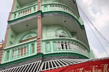 Bán nhà đường Nguyễn Ảnh Thủ quận 12, DT 5x14m, giá 4,2 tỷ. Kết cấu 3 lầu kiên cố vào ở ngay