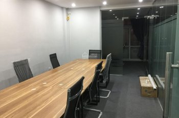 Cho thuê văn phòng giá rẻ phố Lê Văn Lương