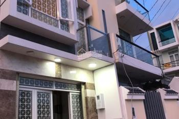 Nhà 2L ST, xe hơi đậu trong nhà, vị trí tốt, gần Điện Máy Xanh, Coop Mart, Bách Hóa Xanh, Sacombank