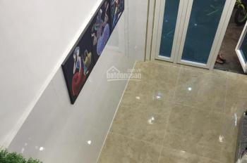 Cho thuê nhà hẻm 242 Bùi Viện, P. Phạm Ngũ Lão, Q.1, TP. HCM, 22m2, giá 20 triệu/tháng