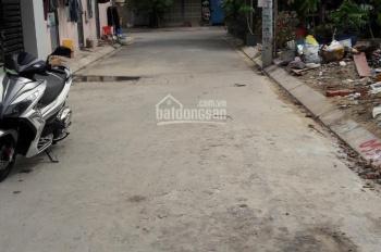 Nhà đất DT (4x15m)  đường xe hơi gần chợ Tăng Nhơn Phú B, giá bán nhanh 2,6 tỷ.