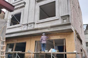 Bán nhà 4 tầng Lê Lai, gần sân bóng Máy Tơ