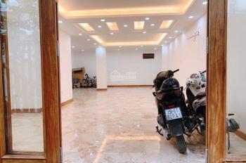 Chinh chu Có mặt bằng tầng 1 cho thuê 100m2  riêng biệt tại nhà 02 biệt thự liền kề 82 Nguyễn tuân