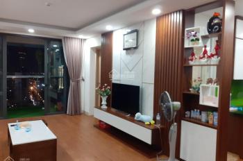 Cho thuê căn hộ chung cư 3 ngủ HH2 Bắc Hà, LH 0946180261