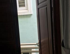 Cần cho thuê nhà ngõ 278 Tôn Đức Thắng, Hàng Bột, Đống Đa. Diện tích rộng 30m2, 5 tầng, mặt tiền 4m