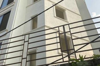 Chính chủ cần bán nhà riêng 4 tầng tại Ngọc Thụy, Long Biên đang hoàn thiện, rất đẹp full nội thất