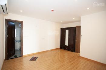 Chính chủ cần cho thuê gấp căn hộ 2 PN đồ cơ bản N04A, giá rẻ nhất 9tr/tháng. LH 0919325333
