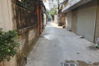 Bán đất Ngọc Thụy, Long Biên 2 tỷ 4, diện tích 47m2, MT 3.8m, LH 0986055225