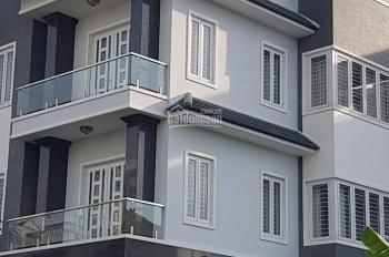 Bán nhà 2MT Làng Báo Chí, P. Thảo Điền, Q2, DT: 110m2 KC: 1T 3L, giá: 18.3 tỷ. LH: 0931200685