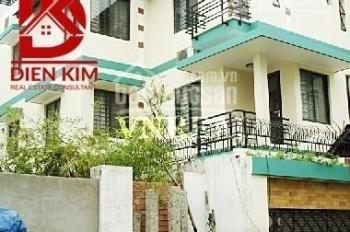 Cho thuê biệt thự hẻm đường Lam Sơn, phường 2, Quận Tân Bình DT 8x16m