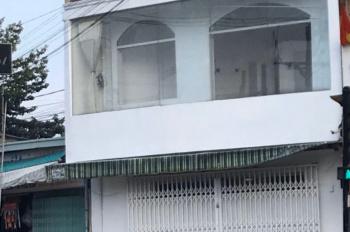 Cho thuê nhà mặt tiền ngay Lê Hồng Phong, diện tích sử dụng 30m2, giá 10 triệu/th. LH 0363650492