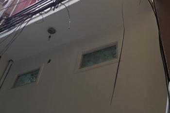 Cần bán nhà số 6 ngách 35 ngõ 262A Nguyễn Trãi, nhà đẹp, 3 tầng, diện tích 30m2, sổ đỏ, giá 2.55 tỷ