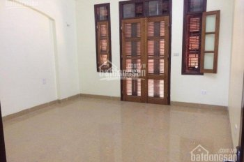 Cho thuê nhà mặt ngõ 91 Nguyễn Chí Thanh, Diện tích 50m2 x 5 tầng, ngõ kinh doanh tốt, giá 20 tr/th