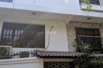 Cho thuê nhà 8.3x16m, 2 lầu hẻm đường Hồng Hà - khu sân bay. LH: 0906693900