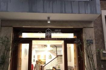 Nhà chính chủ giá rẻ, MT Nhất Chi Mai, Q. Tân Bình, 2 tấm, 12 Tr. LH: 0938313896