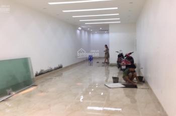 Cho thuê nhà mặt phố Lý Thường Kiệt siêu hot, mặt tiền: 6,8m, DT: 80m2 x 3T