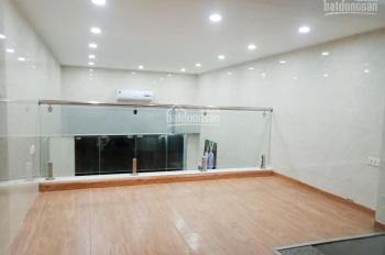 Nhà mặt phố kd sầm uất Nguyễn Trãi Thanh Xuân 32m2x 3 tầng, mt 3,3m, chỉ 4,8 tỷ TL