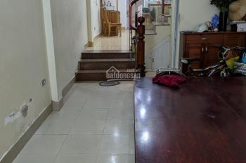 Chính chủ cho thuê nhà mặt ngõ Kim Giang, 70m2 x 5 tầng, ô tô vào - văn phòng, ở, bán hàng online
