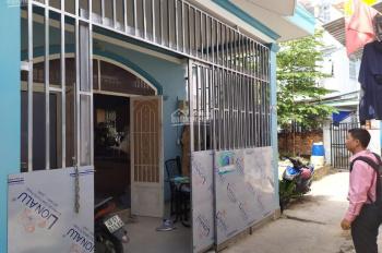 Cần bán gấp nhà 1 trệt 1 lầu HXH, đường Đỗ Xuân Hợp, Q9, 53m2, SHR, 1 tỷ 8; 0924742170 (Mr. Nam)