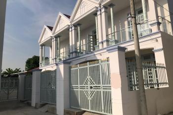 Nhà bán cầu Ông Thìn Quốc Lộ 50, DT 4x10m, 1 trệt, 1 lầu giá 850tr