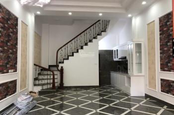Chính chủ bán nhà sau mặt phố 1 nhà 33m2, 5T mới tinh ngõ 281 Trần Khát Chân, cách phố đúng 10m